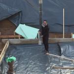 Der Beton läuft, der Bauherr packt mit an